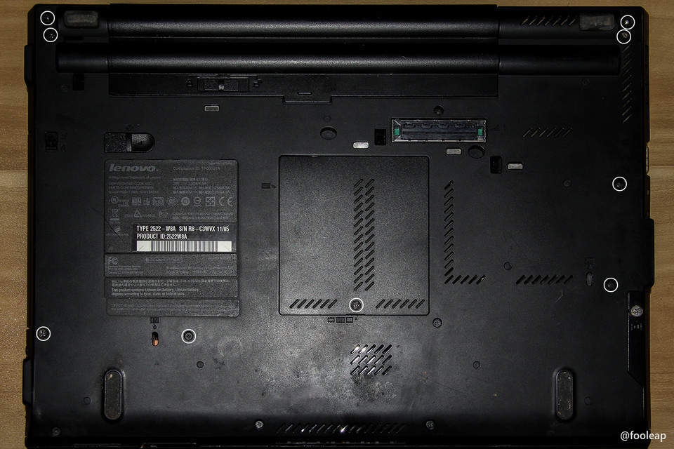 ThinkPad T410 清灰后壳表面需拆螺丝