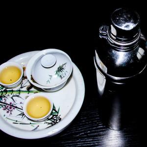 工夫茶和保温瓶