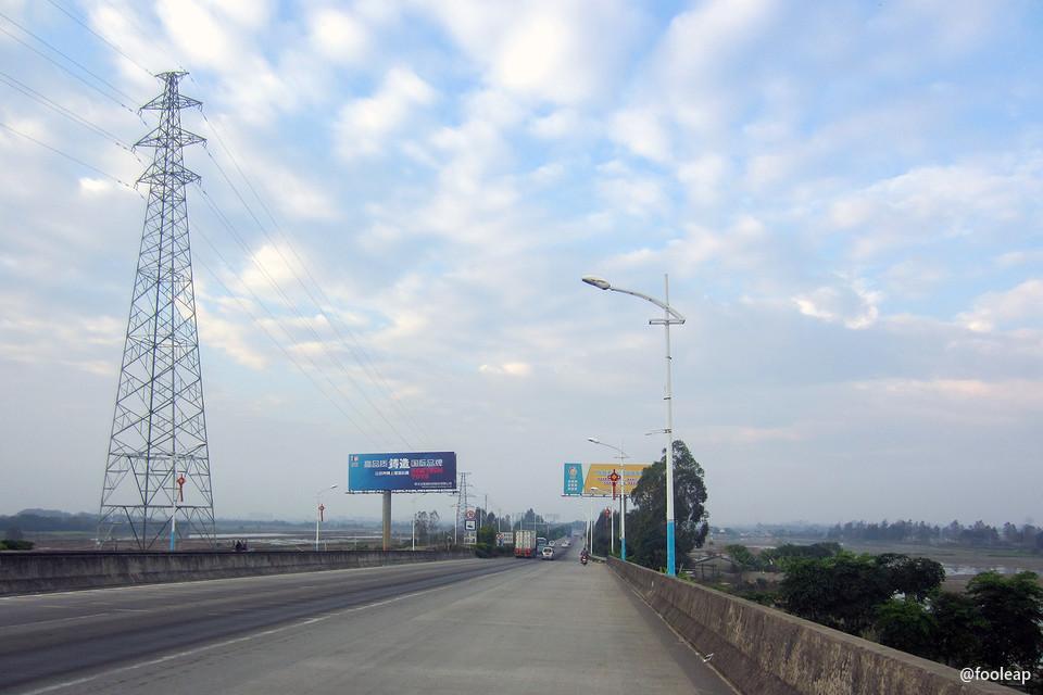 金洲大桥向南望去