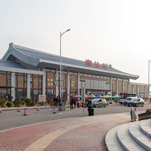 潮汕站的交通乱象